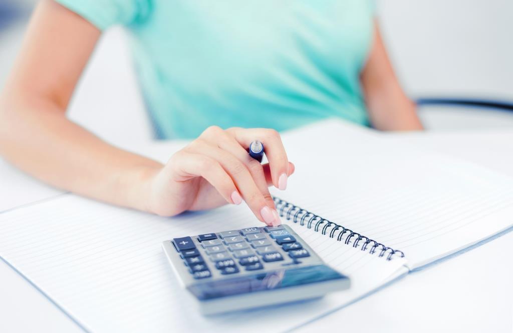 בקרת שכר מבית פתרונות אפקטיביים